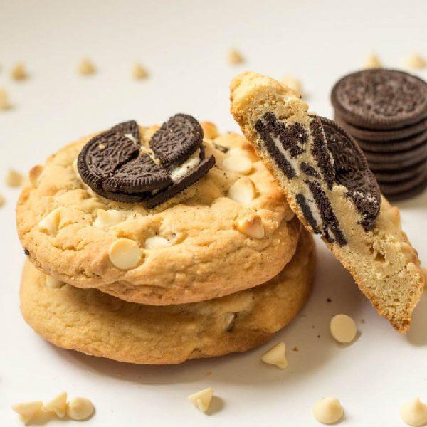 giant gourmet oreo crush cookie